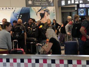U2が羽田空港に到着! 出待ちレポート!